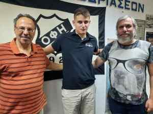 Ο Γιάννης Δανδάλης συνεχάρη τον 17χρονο σκακιστή του ΟΦΗ που αναδείχθηκε δεύτερος στην Ελλάδα