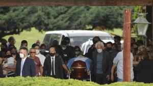 Η κηδεία του Μαραντόνα (VIDEO)