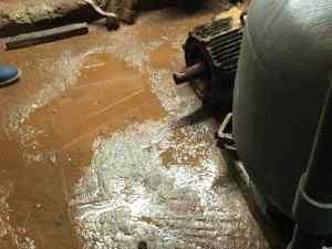 Η βροχή....αποτελείωσε το μηχανοστάσιο του κολυμβητηρίου
